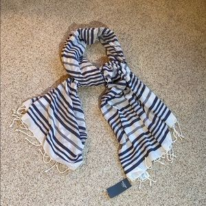 NWT - Abercrombie Navy and White Striped Scarf